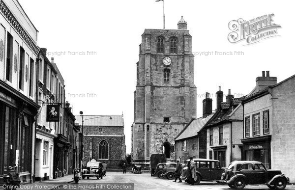 Beccles, New Market And St Michael's Church 1950