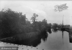 Quayside 1923, Beccles
