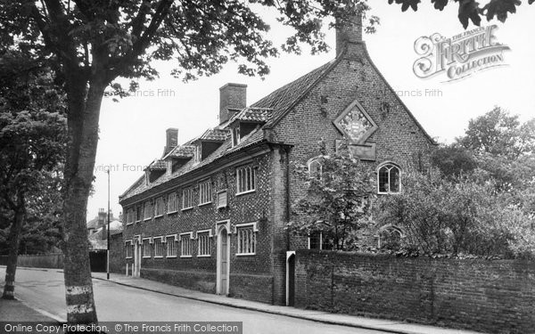 Photo of Beccles, The Old Building, Sir John Leman School c.1955