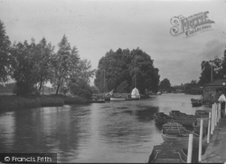 Beccles, Waveney Boating Stage c.1930