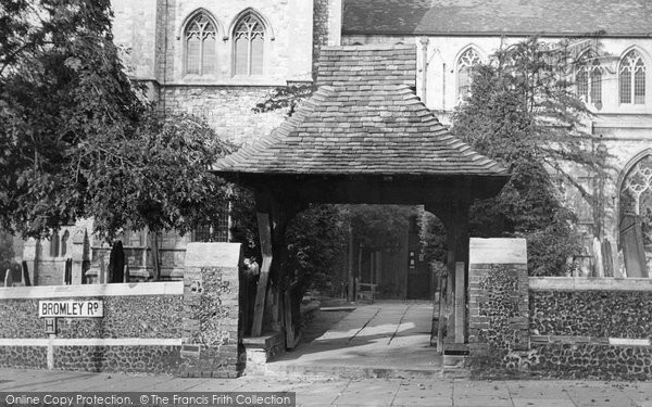 Beckenham, The 13th Century Lychgate c.1950