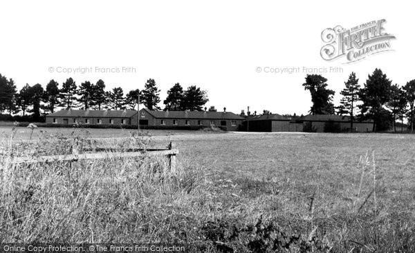 Beckhampton, Beckhampton Stables c.1955
