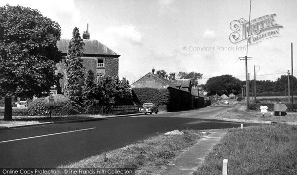 Beckhampton, House And Racing Stables c.1955