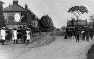 Becontree Heath, The Broadway c.1912