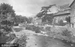 Beddgelert, From Bridge 1931