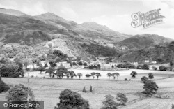 Beddgelert, General View c.1960