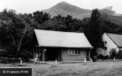 Beddgelert, Log Cabin, Snowdonia National Forest Park c.1965