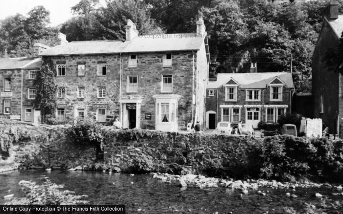 Photo of Beddgelert, Prince Llewelyn Hotel c.1960