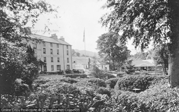 Photo of Beddgelert, Royal Goat Hotel And Boomerang Cafe c.1950