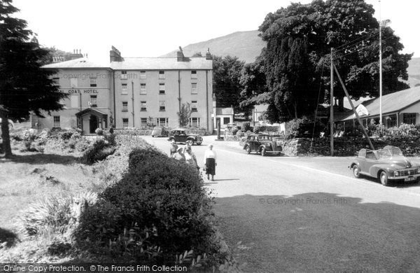 Beddgelert, Royal Goat Hotel And Boomerang Cafe c.1955