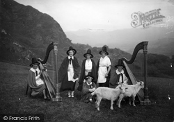 Beddgelert, The Snowdonia Harp Choir c.1938