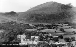 Beddgelert, View Of Royal Goat Hotel c.1960