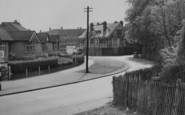 Beddington, Plough Inn And Croydon Road 1952