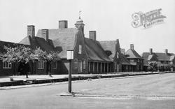 Bedfont, Fairholme Estate c.1951