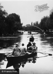 Bedford, Boating On The Great Ouse 1921