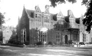 Bedford, Girls' School 1897