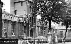 Bedford, Modern School c.1950