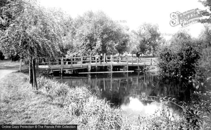 Photo of Bedford, Newnham Bridge 1897