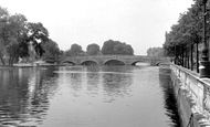 Bedford, River Ouse And Town Bridge c.1955