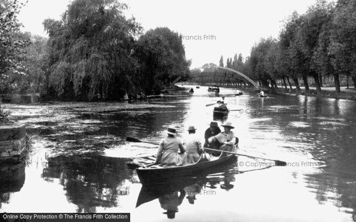 Bedford, Suspension Bridge 1921