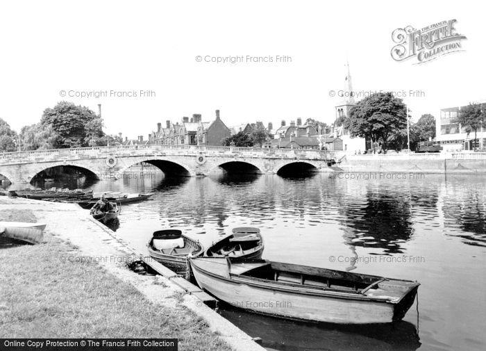 Bedford, The Bridge c.1965