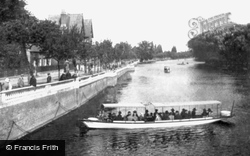 Bedford, The Embankment 1921