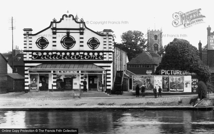 Photo of Bedford, the Picturedrome 1921