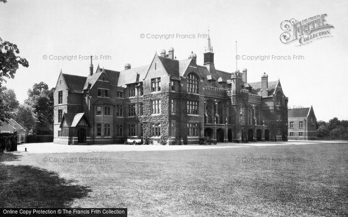 Bedford, The School 1929