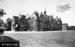 Bedford, The School 1929