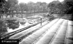 Bedford, The Weir 1921