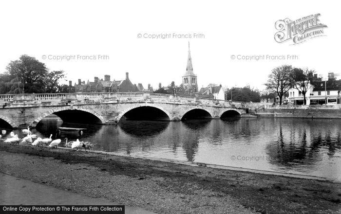 Bedford, Town Bridge c.1960