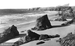 Bedruthan Steps, View From The South c.1955
