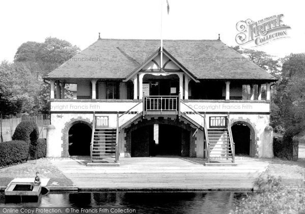 Photo of Belfast, Boat Club House, River Lagan 1936