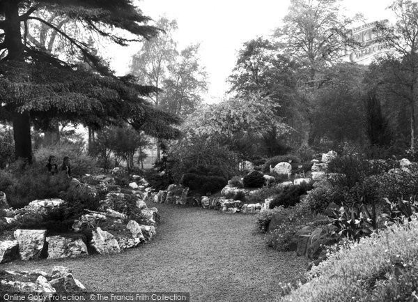 Photo of Belfast, Botanic Gardens, Rock Garden 1936