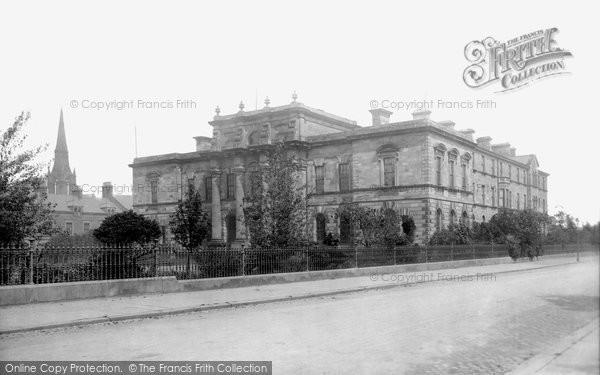 Photo of Belfast, Presbyterian College 1897