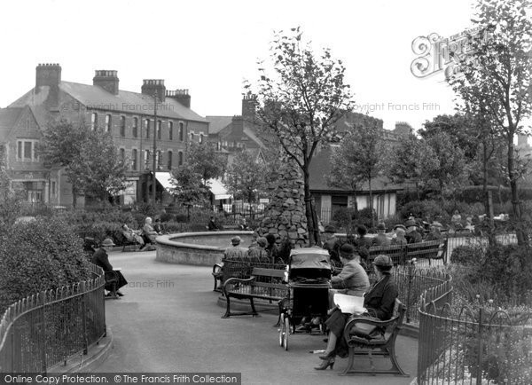 Photo of Belfast, Queens Gardens 1936