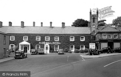 The Cross And Bluebell Hotel c.1955, Belford