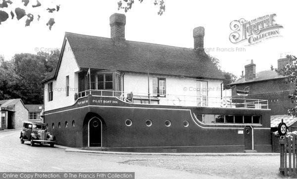 Bembridge, Pilot Boat Inn c.1950