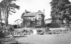 Benllech Bay, Garreg Lwyd Hotel c.1960