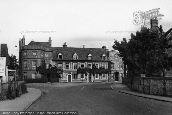 Benson, The Castle Hotel c.1955