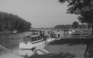 Benson, The River And Diving Stage c.1955