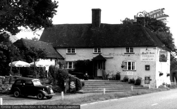 Photo of Bentley, The Bull Inn c.1955