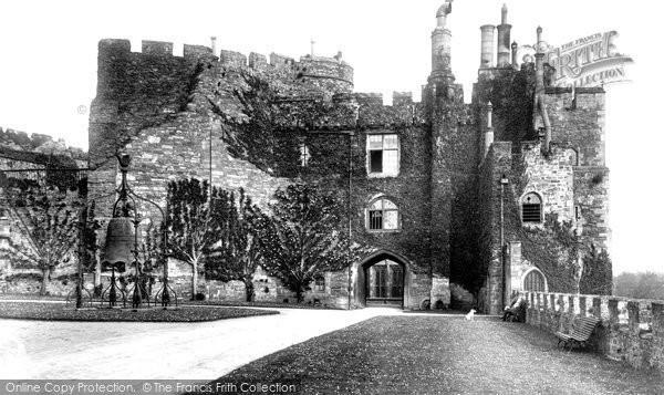 Berkeley, Castle 1904