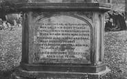 Berkeley, Churchyard, Fool's Tomb 1904