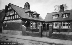 Berkeley, Lady Fitzhardinges Almshouses 1904