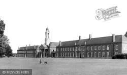 Berkhamsted, Ashlyns School c.1960