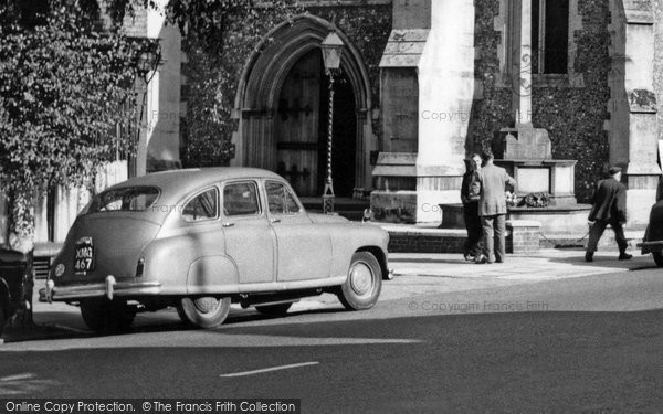 Berkhamsted, Car c.1960