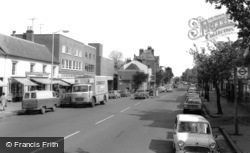 Berkhamsted, High Street c.1965