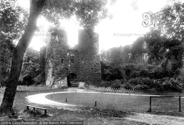 Berry Pomeroy, Castle 1899