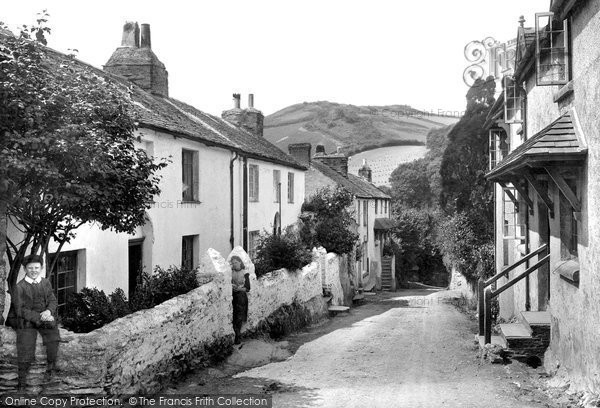 Photo of Berrynarbor, Village Street 1911, ref. 63947